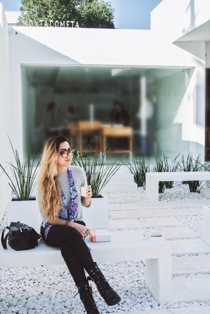Anette Morgan Vegan Mexican Blogger ootd hawkers zara Montacometa SPGG