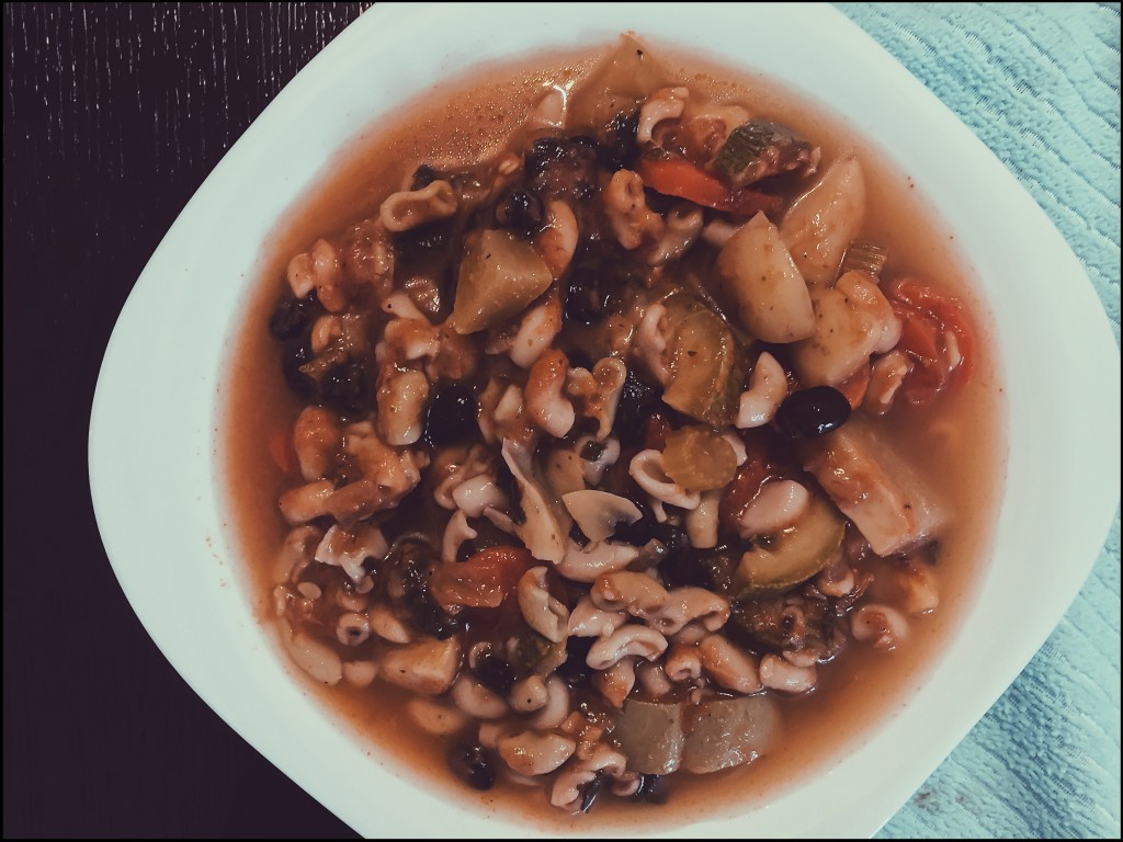 Anette Morgan Vegan Wellness Mexico Blog Minestrone Soup