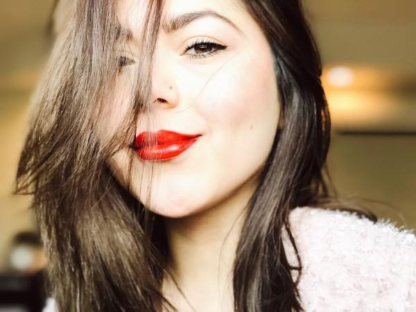 Anette Morgan Vegan Health Wellness Blog Beauty Skin Essentials Portrait