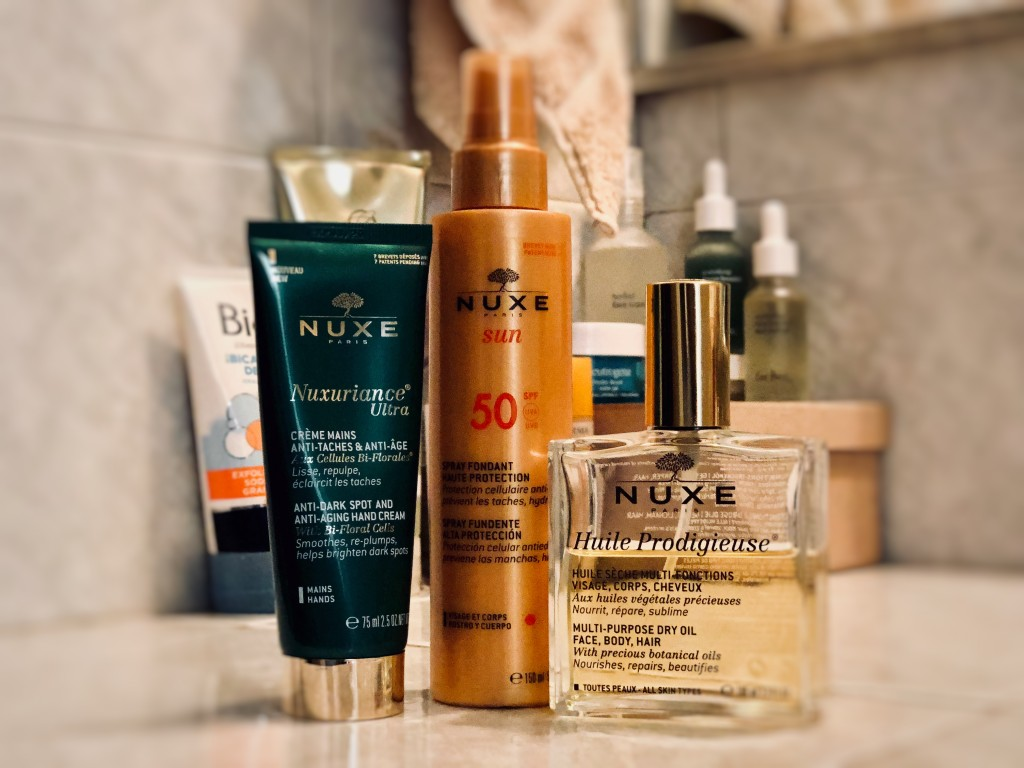 ANETTE MORGAN WELLNESS AND LIFESTYLE SPRING SUMMER BEAUTY ESSENTIALS NUXE NEUTROGENA BIODERMA ERE PEREZ BIORE JERGENS 6